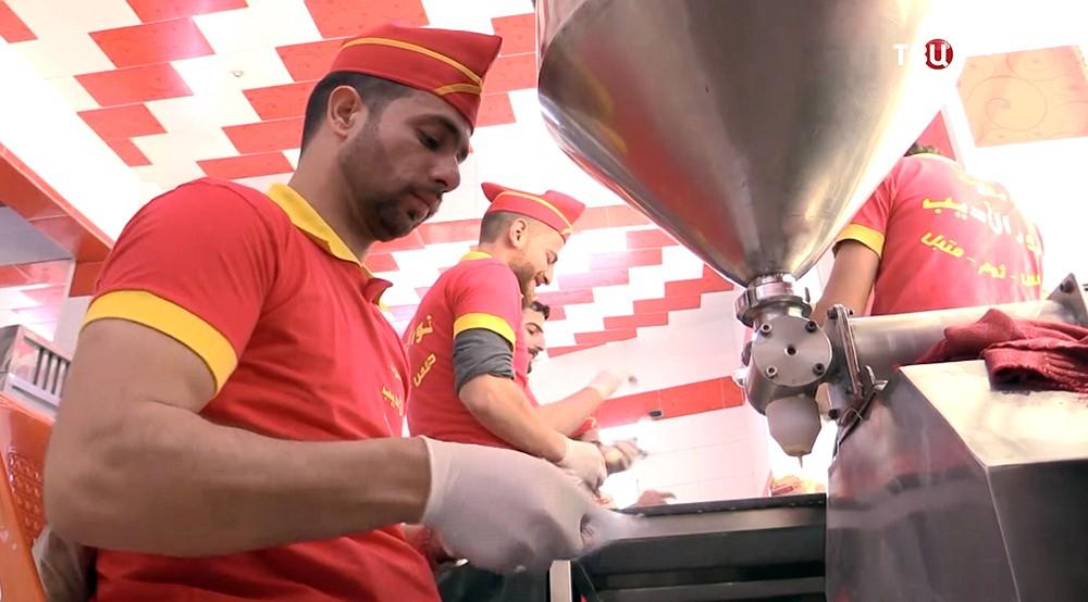 Фабрика соусов в Сирии