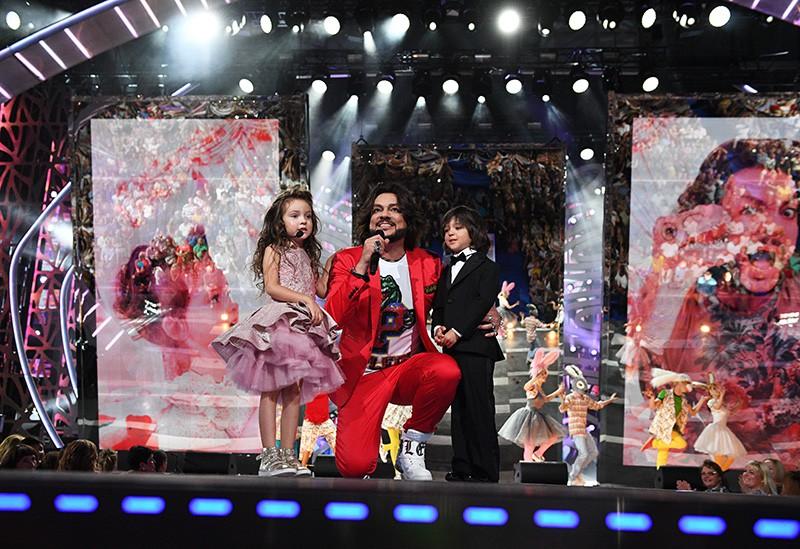 Певец Филипп Киркоров со своими детьми Аллой-Викторией и Мартином