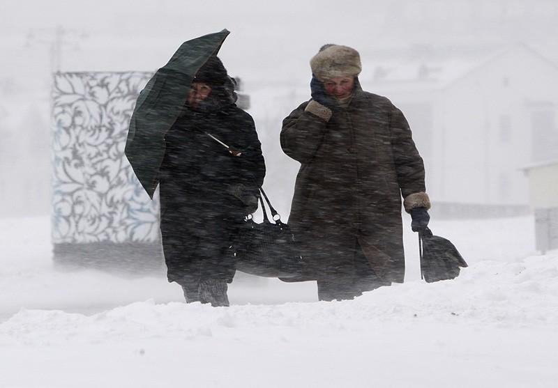 Снегопад и сильный ветер