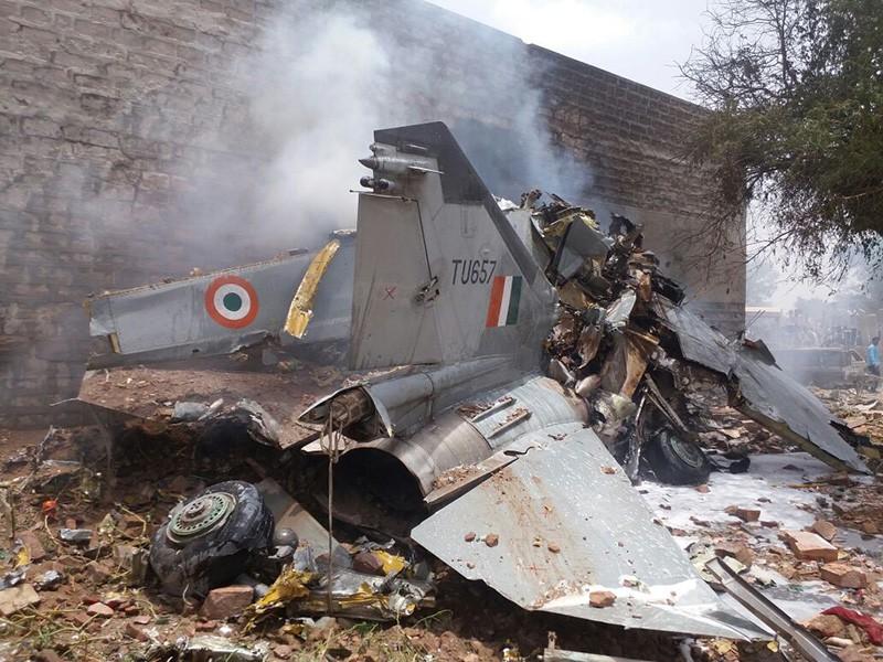 Обломки МиГ-27 ВВС Индии