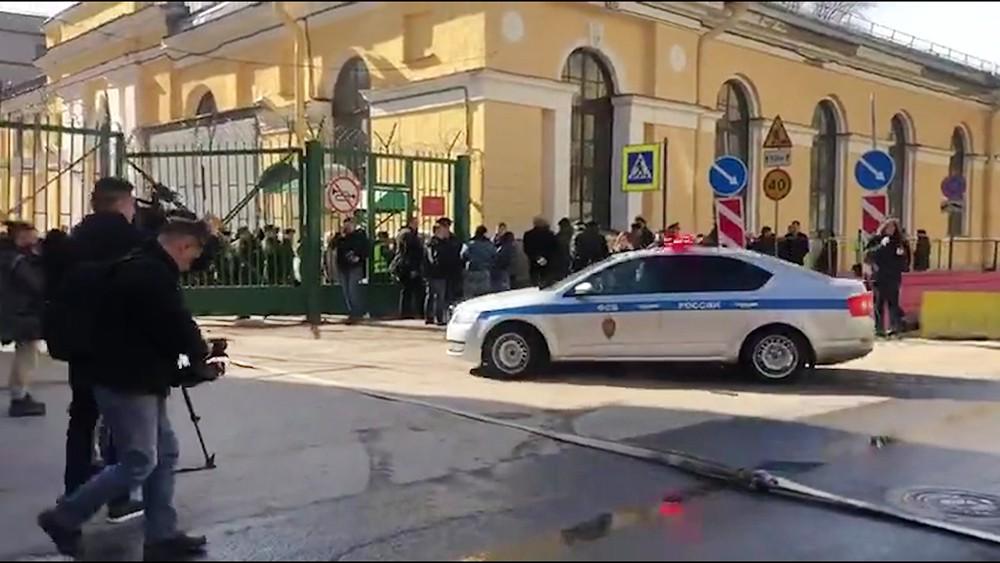 Место взрыва в военной академии Можайского в Санкт-Петербурге