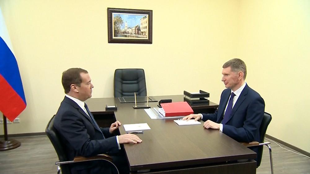 Дмитрий Медведев и губернатор Пермского края Максим Решетников