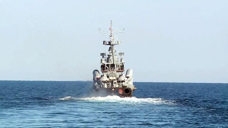 Учения российских военных кораблей в Черном море