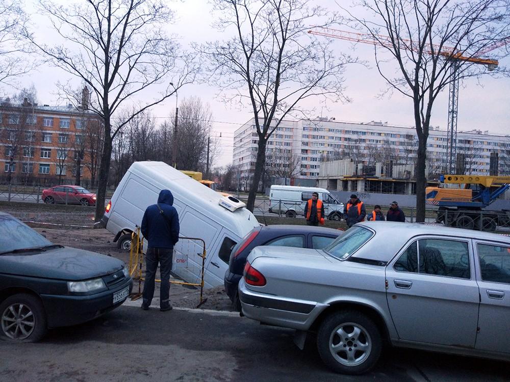 Прорыв трубы в Санкт-Петербурге