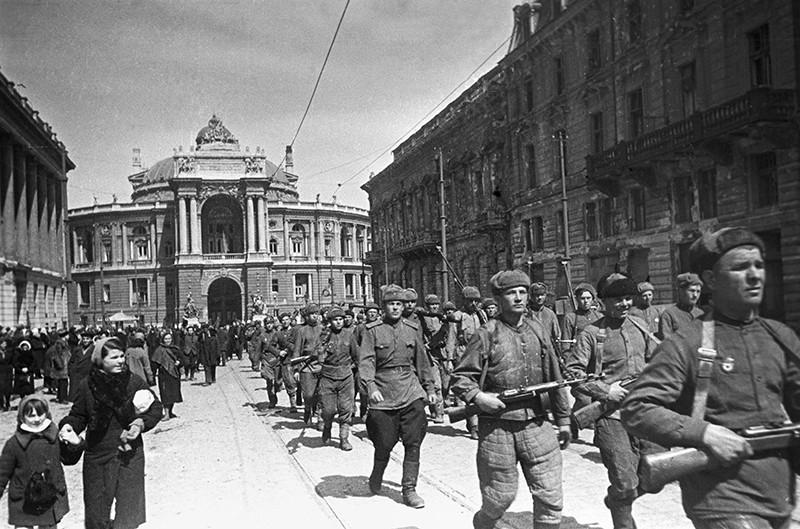 Освобождение города Одессы от немецко-фашистских захватчиков