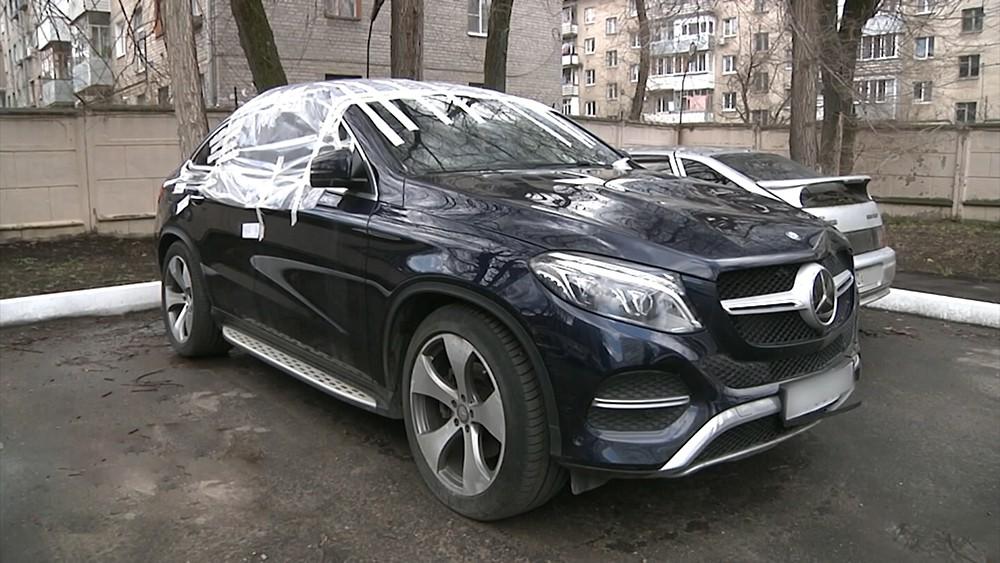 Автомобиль участника резонансного ДТП Вячеслава Дмитренко