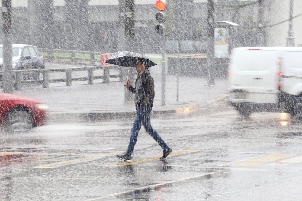 Дождь с мокрым снегом в Москве