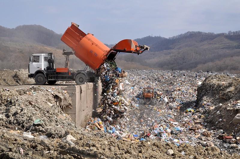 Свалка твердых бытовых отходов