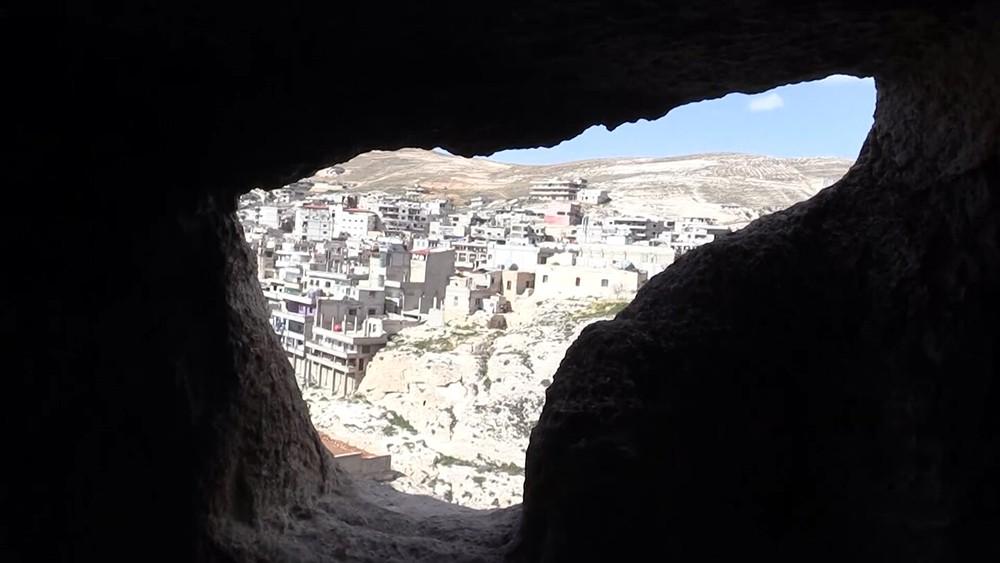 Древняя пещера в Сирии