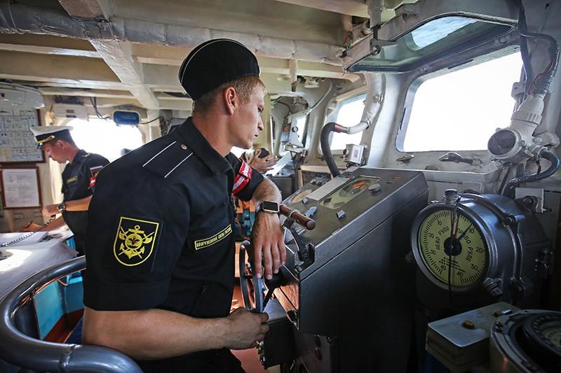 Военные моряки Черноморского флота ВМФ России