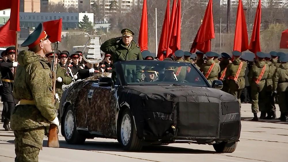 Российские лимузины Aurus на тренировке к параду 9 мая