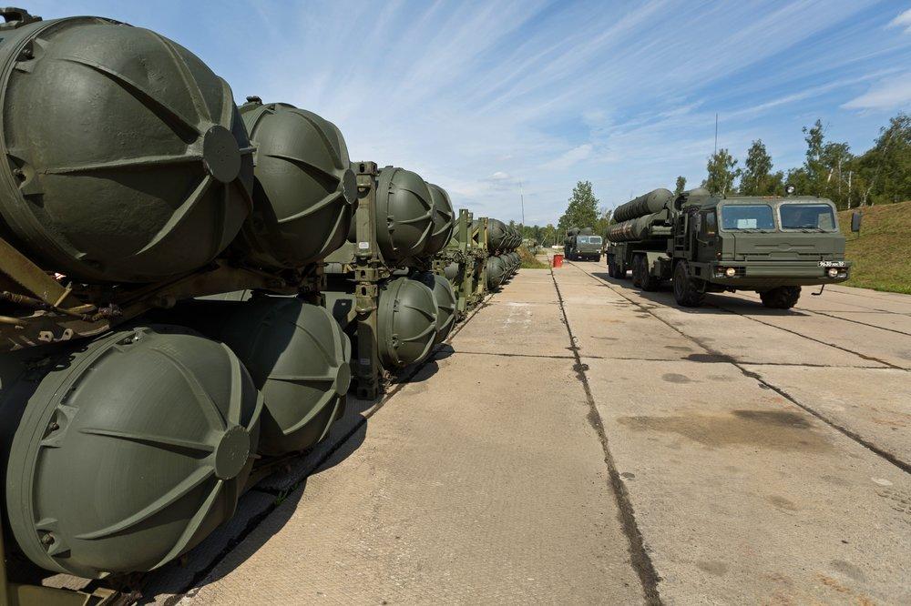 """Ракетные комплексы С-400 """"Триумф"""""""