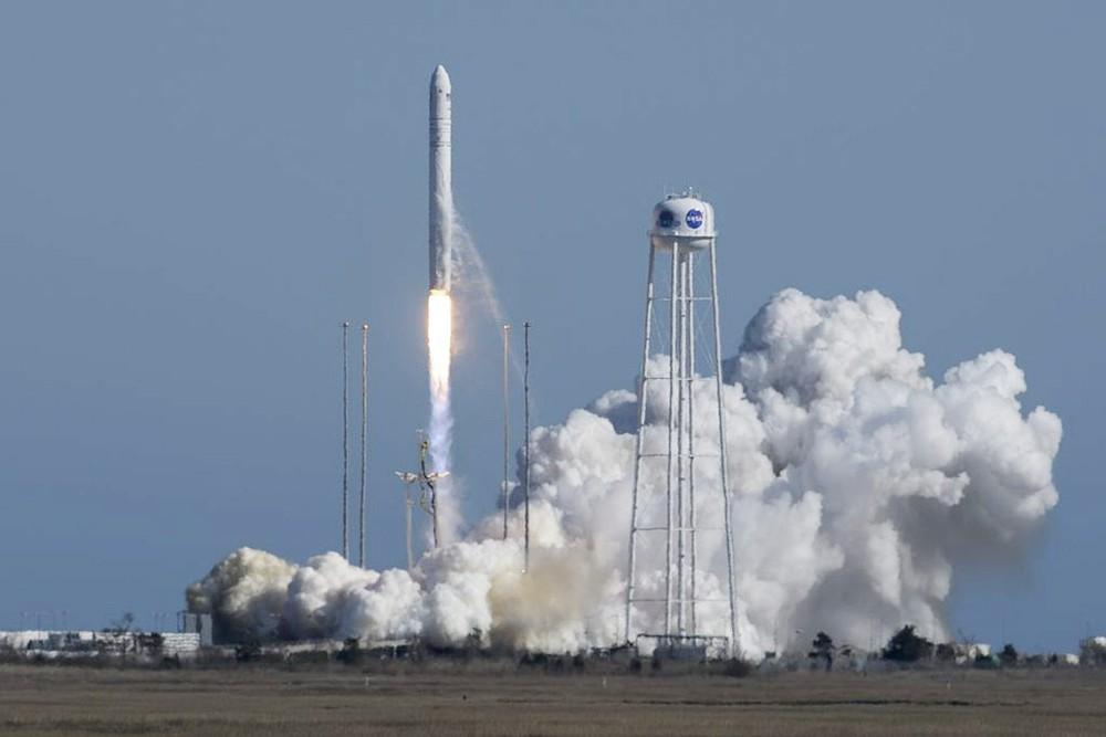 Американский космический корабль Cygnus