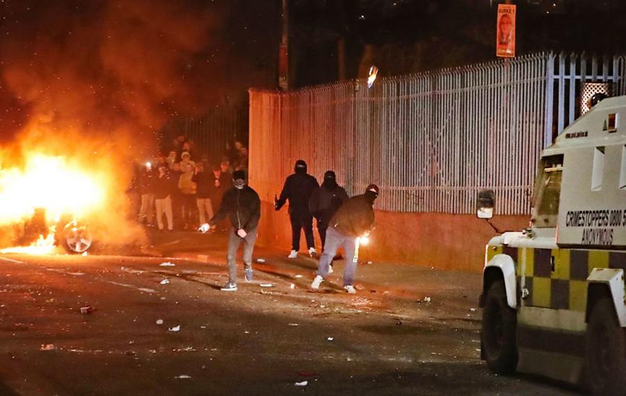 Уличные беспорядки в Северной Ирландии