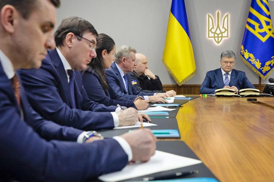 Петр Порошенко и министры