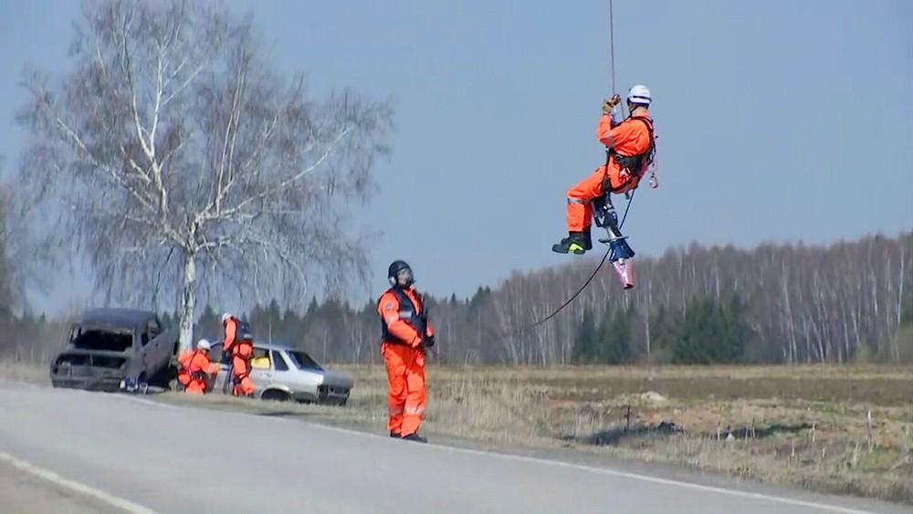 Тренировка спасателей Московского авиационного центра