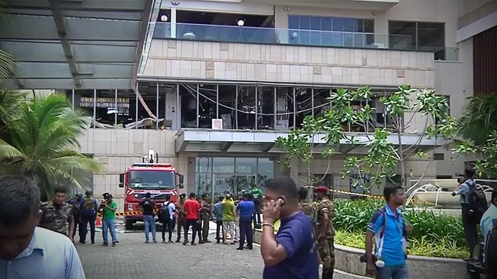 Последствия взрыва на Шри-Ланке