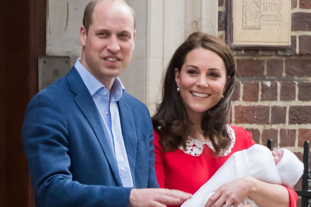 Кейт Миддлтон, принц Уильям и их сын Луи
