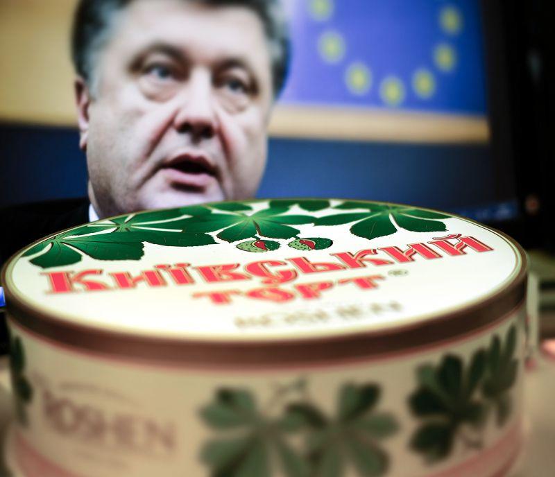 Петр Порошенко и продукция Roshen