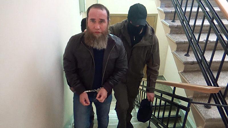 Тахир Бегельдиев, задержанный по подозрению в участии в вооруженном вторжении бандформирований Шамиля Басаева и Эмира Хаттаба в Республику Дагестан