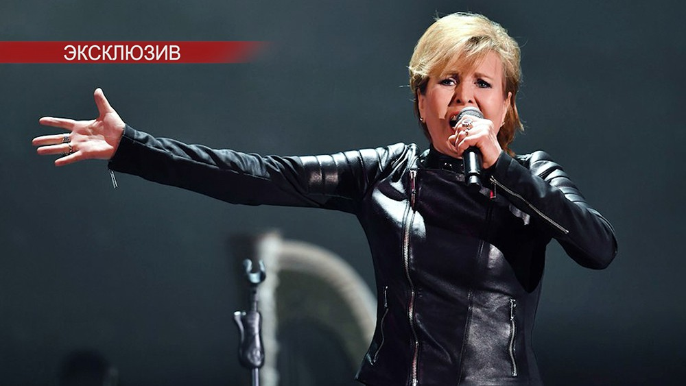 Певица Ольга Кормухина