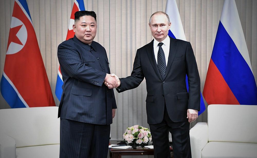 Владимир Путин и глава КНДР Ким Чен Ын