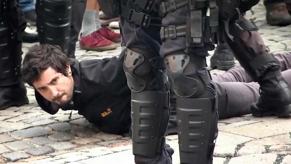 Задержанный во время уличных протестов в Чехии