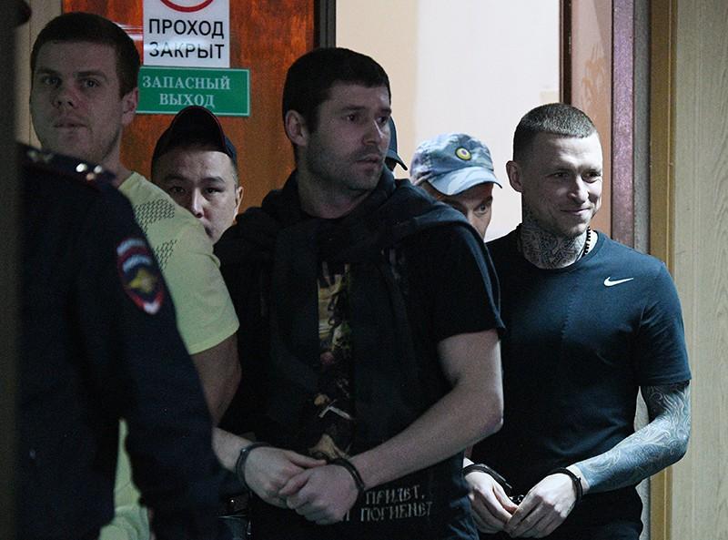 Футболисты Павел Мамаев, Александр Протасовицкий, Александр Кокорин (справа налево)