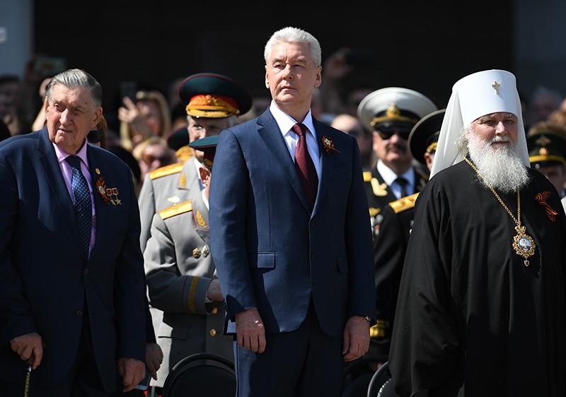 Собянин поздравил ветеранов и жителей столицы с Днем Победы