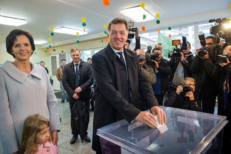 Альгирдас Буткявичюс на выборах в Литве