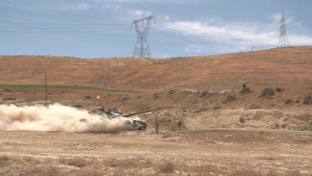 Учения сирийских военных на полигоне