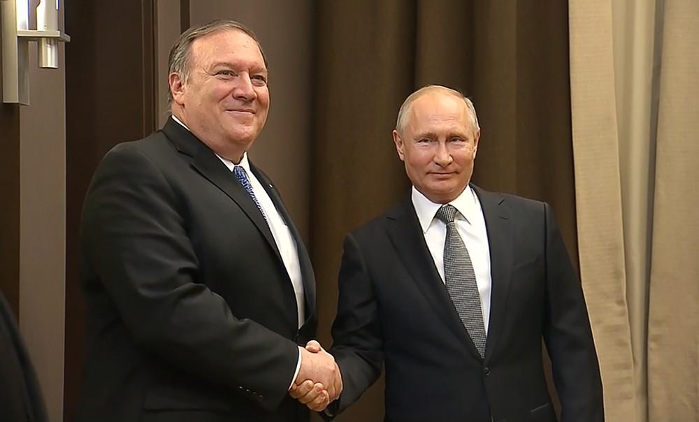 Владимир Путин и Майк Помпео