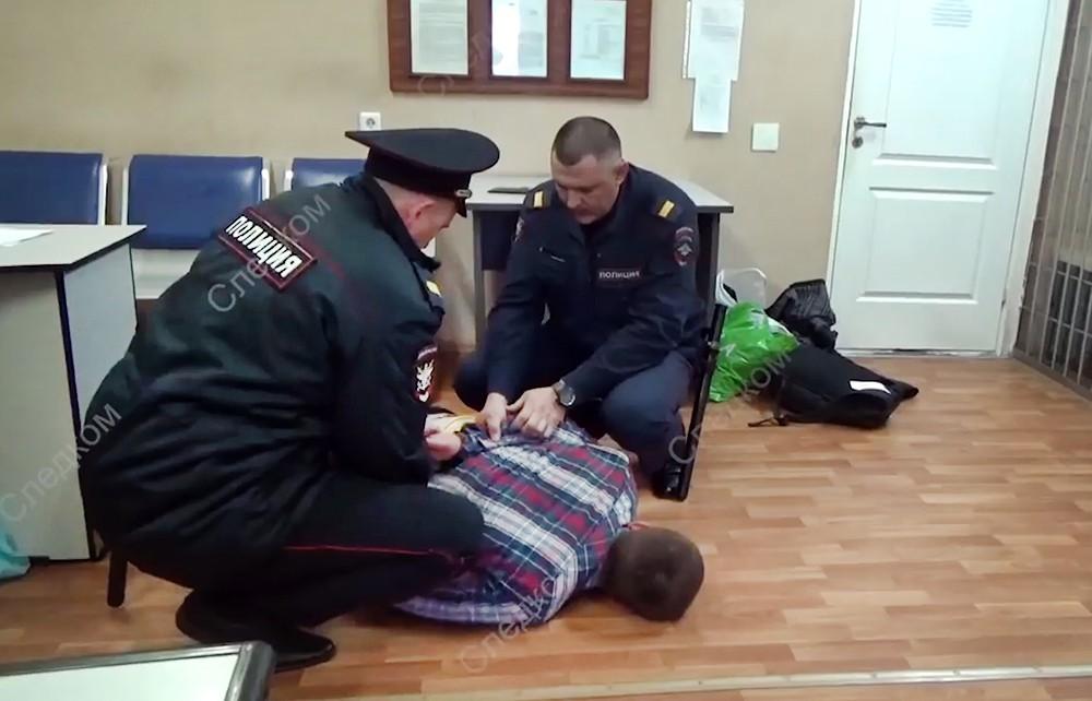 Полиция Новосибирска задержала авиадебошира из Челябинска