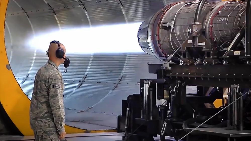 Военное производство истребителей в США