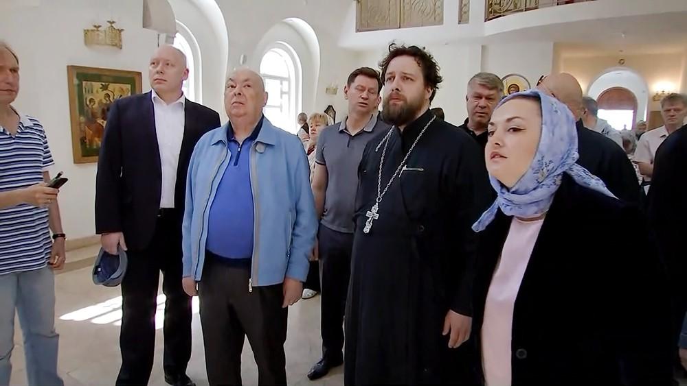 Владимир Ресин осмотрел новый храм