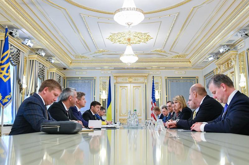 Встреча президента Украины Владимира Зеленского с главами иностранных делегаций