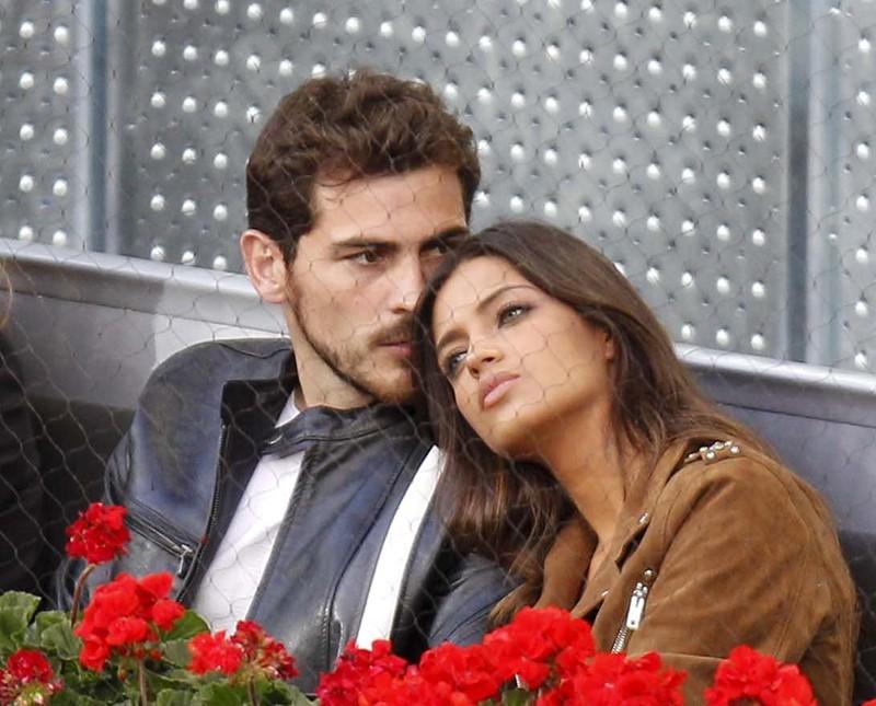 Икер Касильяс и его жена