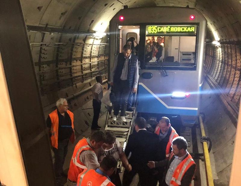 Сбой в движении поездов в Московском метрополитене