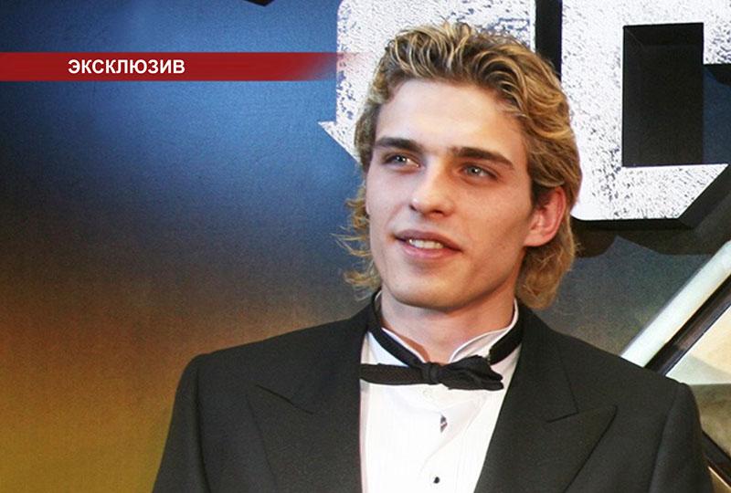 Актер Василий Степанов