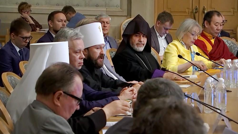 Обсуждение ситуации с правами верующих на Украине
