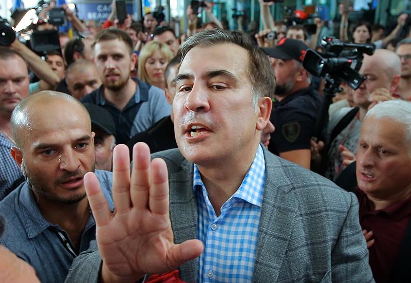 """Михаил Саакашвили в киевском аэропорту """"Борисполь"""""""