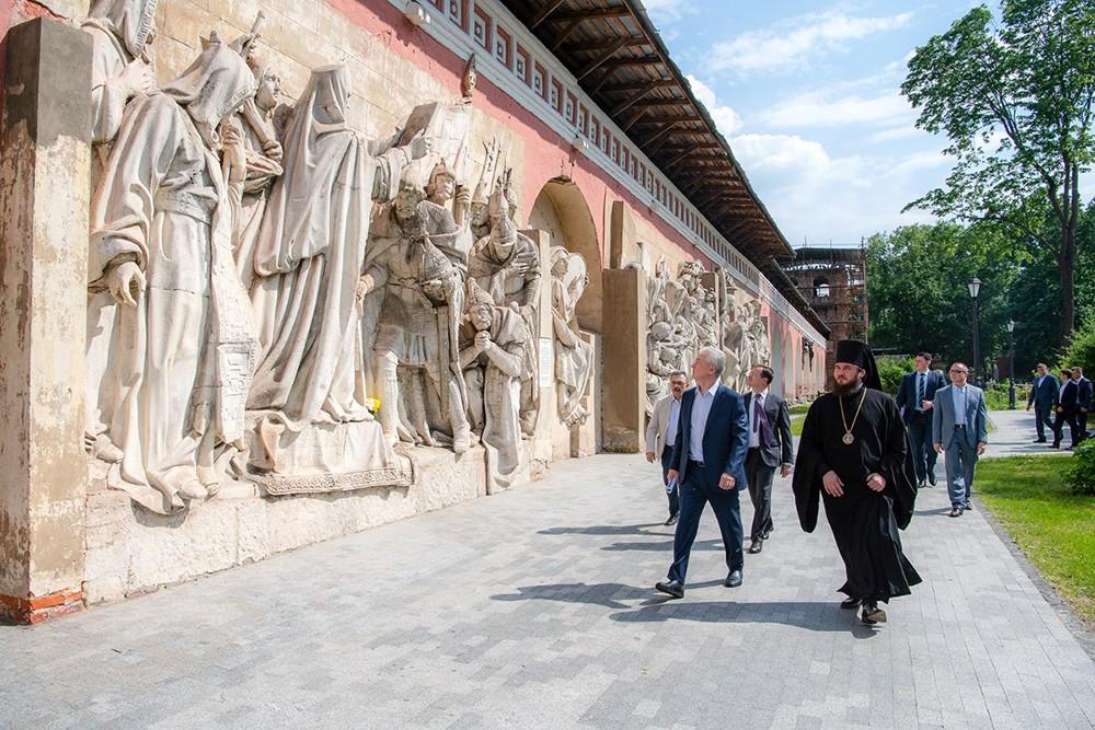 Сергей Собянин посетил Донской монастырь