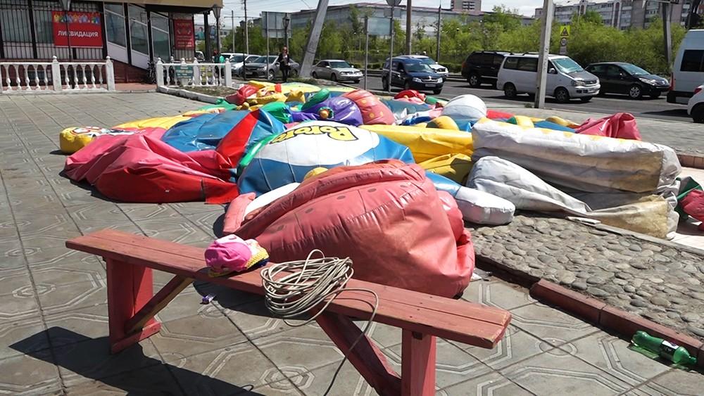 Место падения детей с батута в Улан-Удэ