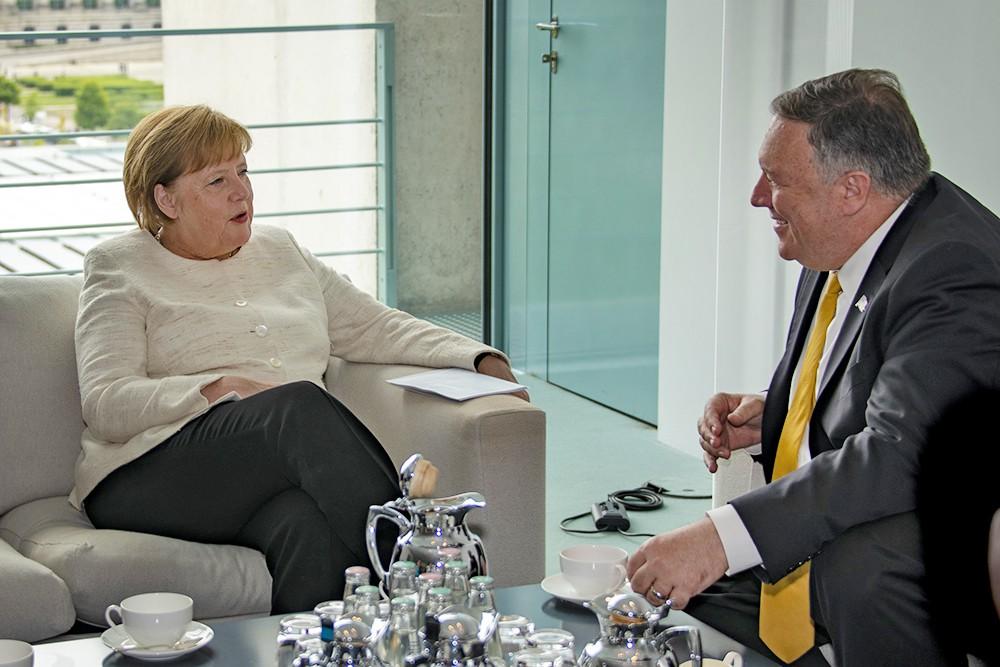 Майк Помпео и Ангела Меркель