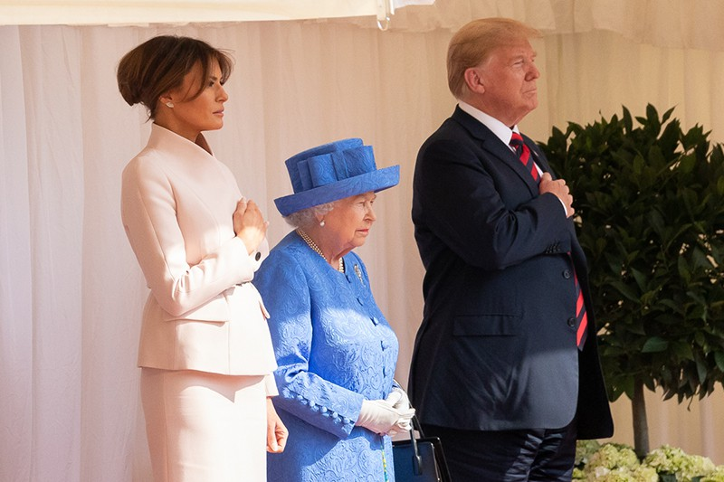 Дональд Трамп, Мелания Трамп и королева Елизавета II