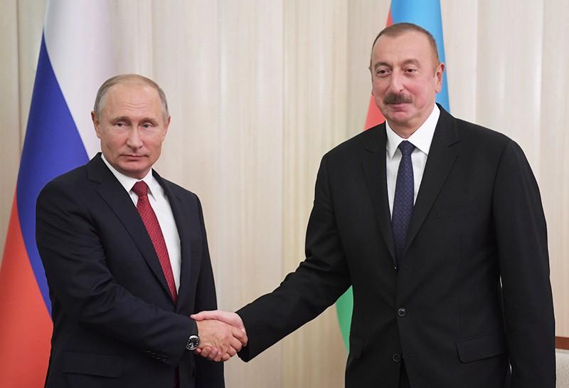 Президент России Владимир Путин и президент Азербайджана Ильхам Алиев