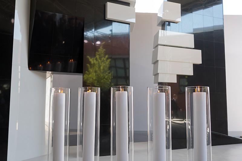 Памятник Героям сопротивления в фашистских концлагерях и еврейских гетто в годы Второй мировой войны на территории Еврейского музея и центра толерантности