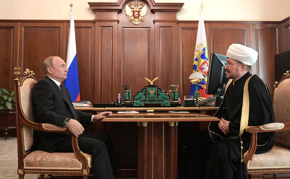 Владимир Путин и Равиль Гайнутдин