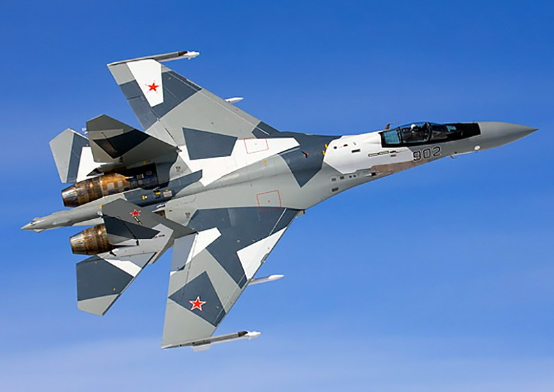 Истребитель Су-35 ВКС России