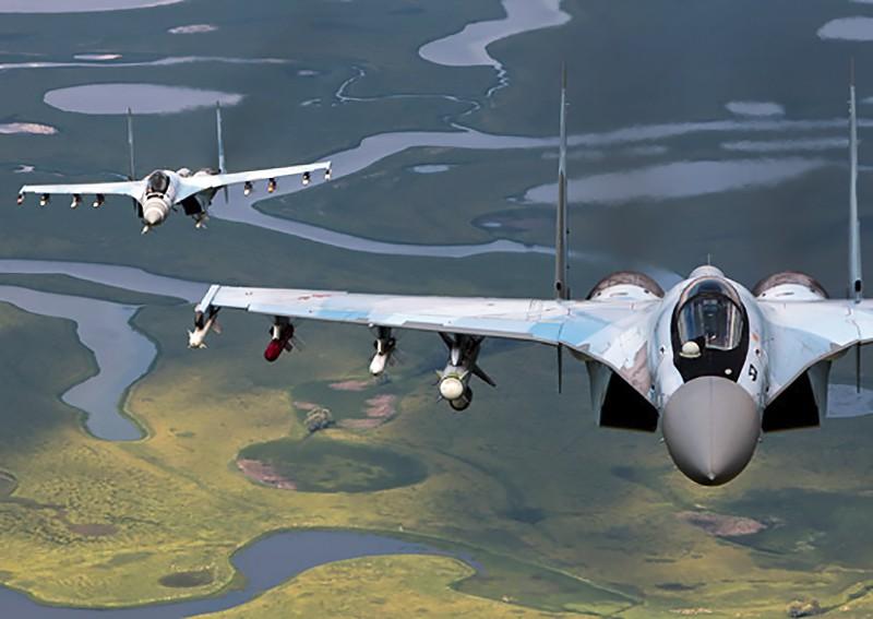 Истребители Су-35 ВКС России